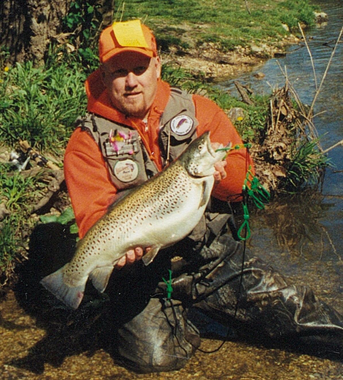 Missouri Canoeing Trout Fishing Niangua River Bennett